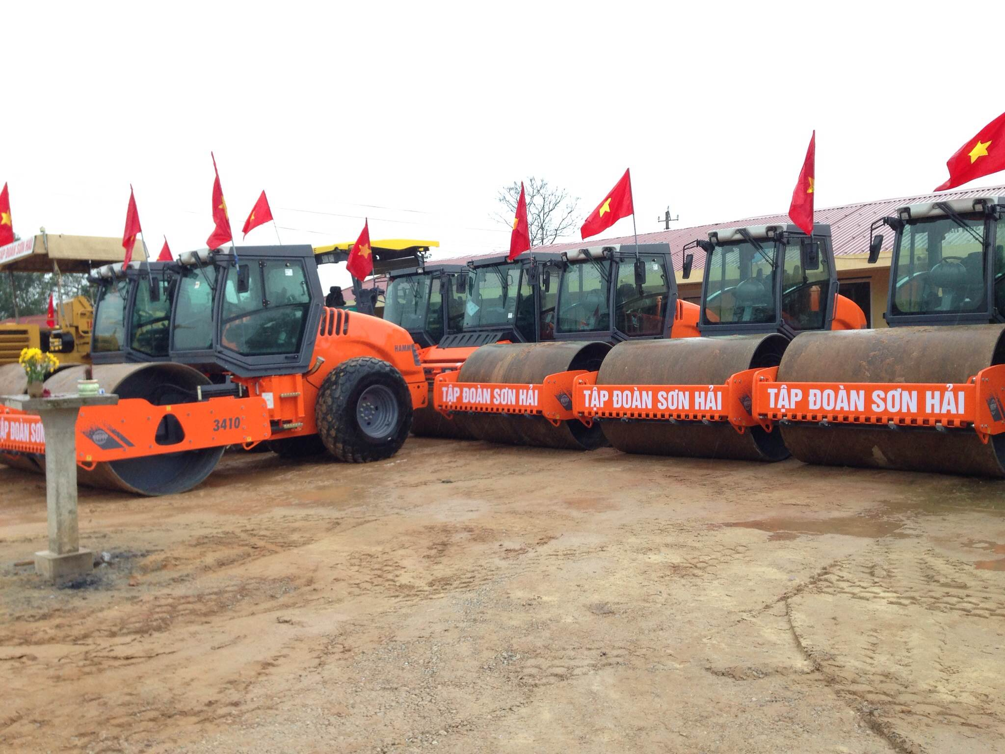 Son Hai Purchases Hamm Compactors